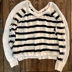 tp Sweaters - SALE: black & white striped long sleeve sweater